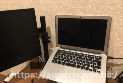 MacBook Airでデュアルディスプレイ環境